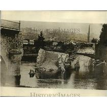 Press Photo Bridge Destroyed by Artillery, World Wair I - ftx00037