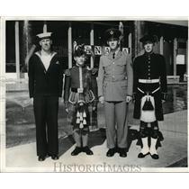 1962 Press Photo Canadian Tattoo Servicemen Uniforms at World's Fair - ftx00198