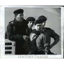 1988 Press Photo Canadian Navy Destroyer Kootenay Sailors - ftx00203