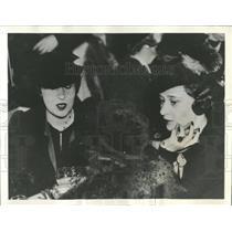 1936 Press Photo Gloria Vanderbilt With Twin Fashion