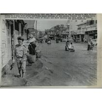 1965 Press Photo Saigon, Vietnam Monsoon Flooding on Main Streets - ftx00435