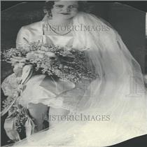 Undated Press Photo Picture of a bride 1920's - RRY27167