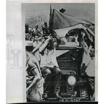 1964 Press Photo Rio de Janiero, Brazil Rebels Celebrate Joao Goulart Overthrow