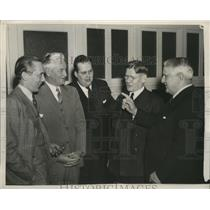 1940 Press Photo GOP delegation discuss Keystone State's WPA quota - nef60113