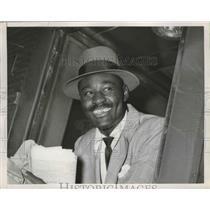 1951 Press Photo Heavyweight boxer Ezzard Charles - nes53208
