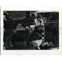 1983 Press Photo Beaverton catcher Mitch Lyden to 3rd to complete double play
