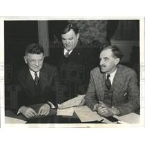 1935 Press Photo Mayor's Committees Meet Discuss Policy