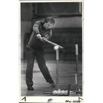 1987 Press Photo Robin Robinson Oregon City High School Baseball Coach Batting