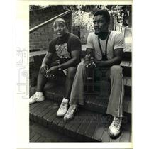 1984 Press Photo Romelio Salas, right - ora78162