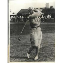 1931 Press Photo Mrs Opal S Hill Women's National golf at Buffalo NY club
