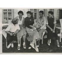 1937 Press Photo Women' sWestern Golf Patty Berg, Bea Barrett, Marian Miley