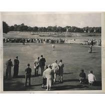 1936 Press Photo Laurence M Lloyd, Frank Strafaci in a golf tournament