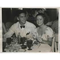 1937 Press Photo Golfer Tommy Goodwin & Lebrun Rhinelander at Palm Beach club