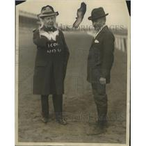 1923 Press Photo Major August Belmont & HI Pell superintendent of Belmont track