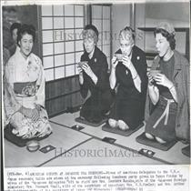 1961 Press Photo American Guests at Japanese Tea Party.