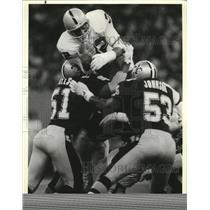 1988 Press Photo New Orleans Saints- Saints Sam Mills and Vaughan Johnson