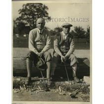 1927 Press Photo CB Warren & AG Southworth Sr at a golf outing in NY - net31628