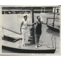 1935 Press Photo Dave Hooper & boat racer Spike Stafford - net32937