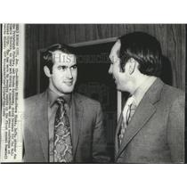 1972 Press Photo Baseball players Steve Blass,Brooks Robinson at Baseball Awards