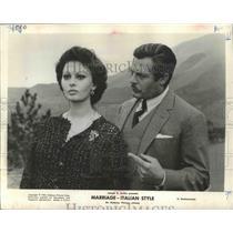 """1964 Press Photo Sophia Loren, Marcello Mastroianni in """"Marriage Italian Style"""""""