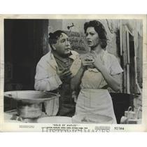"1957 Press Photo Actors Giacomo Furia, Sophia Loren in ""Gold of Naples"" Movie"