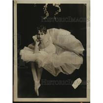 1925 Press Photo Swedish ballet dancer Neysa Mathe Wihr sues Ralph Montgomery