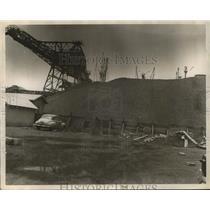 1951 Press Photo Coal Pile at the Alabama State Docks in Mobile, Alabama