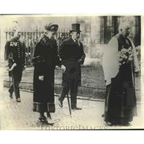 1932 Press Photo King George, Queen Mary Arrive at Westminster Abbey, London