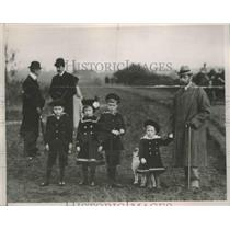1936 Press Photo King George V and Children in 1900 England - ftx01778