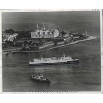 1965 Press Photo Hamlet's Castle, Kronberg at Elsinore, England Ferryboats