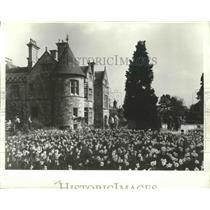 Press Photo Lord Montagu of Beaulieu Monastery Home, England - ftx02181