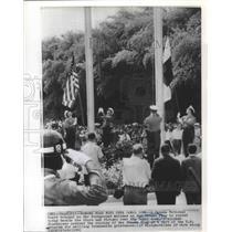 1960 Press Photo Panama National Guard Trooper Salutes at Flag Raising