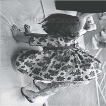 1965 Press Photo Mickey push floor posion paralyzed