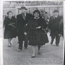 1963 Press Photo Crown Princess Beatrix attends funeral