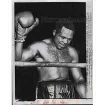 1957 Press Photo Boxing Champion Archie Moore after TKO of Tony Anthony