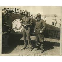 1930 Press Photo Lt. S M Connell & Lt. A V Macaulay Await Round the World Fliers