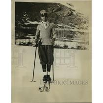 1926 Press Photo Crown prince Humbert of Italy skiing in the Alps - sbx00102