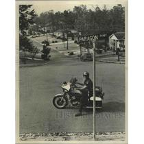 1978 Press Photo Officer David Porter at Paragon Parkway in Birmingham, Alabama