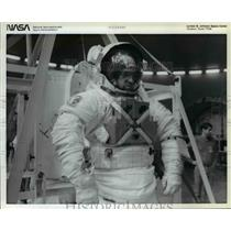 1932 Press Photo Astronaut John M. Fabian, mission specialist for STS-7