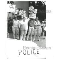 Press Photo Demonstrators Abortion Police