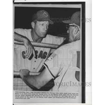 1965 Press Photo New Chicag Cubs baseball coach Lou Klein talk with Mel Harder