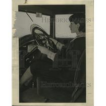 1928 Press Photo Adjustable Studebaker Car Steering Wheel - neo07303