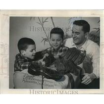 1964 Press Photo Johnny Logan and Sons Pack for Japan - mja56038