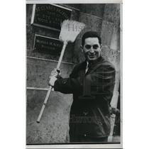 1953 Press Photo Brooklyn Dodger Outfielder Carl Furillo - mja58836