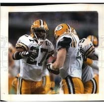 1992 Press Photo Terrell Buckley congratulates Chuck Cecil on his interception