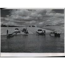 1968 Press Photo Concrete ramp on Mississippi River in Dubuque, Iowa - mja55077