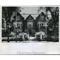 1966 Press Photo Poles Installed at the Governor of Minnesota's Home in St. Paul