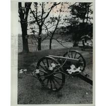 1965 Press Photo Old Cannon In Appomattox Where Gen.Lee Surrendered In Civil War