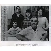 1968 Press Photo Family of Mrs. Beth White Brunk First Transplant Recipient