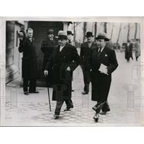 1935 Press Photo French Premier Laval Enters Chamber of Deputies in Paris